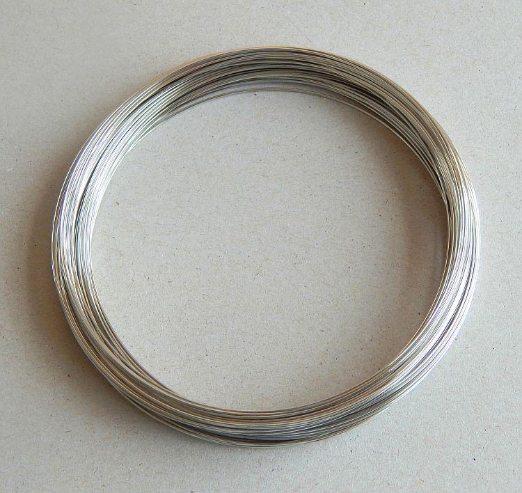 Paměťový drát  - platina, průměr 11,5 cm, síla drátku 0,8mm, balení 10g,
