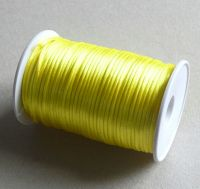 Satenová šňůrka, 2mm,žlutá,délka 91,4m,balení 1ks