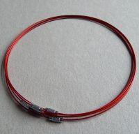 Lanko se šroubovacím zapínáním - červená, průměr lanka 1mm, délka 45cm, balení po 1 ks