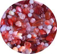 Mačkané korálky,mix červený, mix tvarů a velikostí, balení po 50g