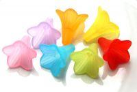 Akrylový kaplík 22x22mm, ojíněný květ, mix barev, balení 10 ks