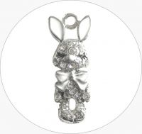 Kovový přívěsek králík se šatony, vel.10x27x5mm, platina, balení 1ks