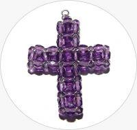 Šitý křížek - ručně šitý fialový křížek z broušených korálků, 43x35mm, balení po 1 ks